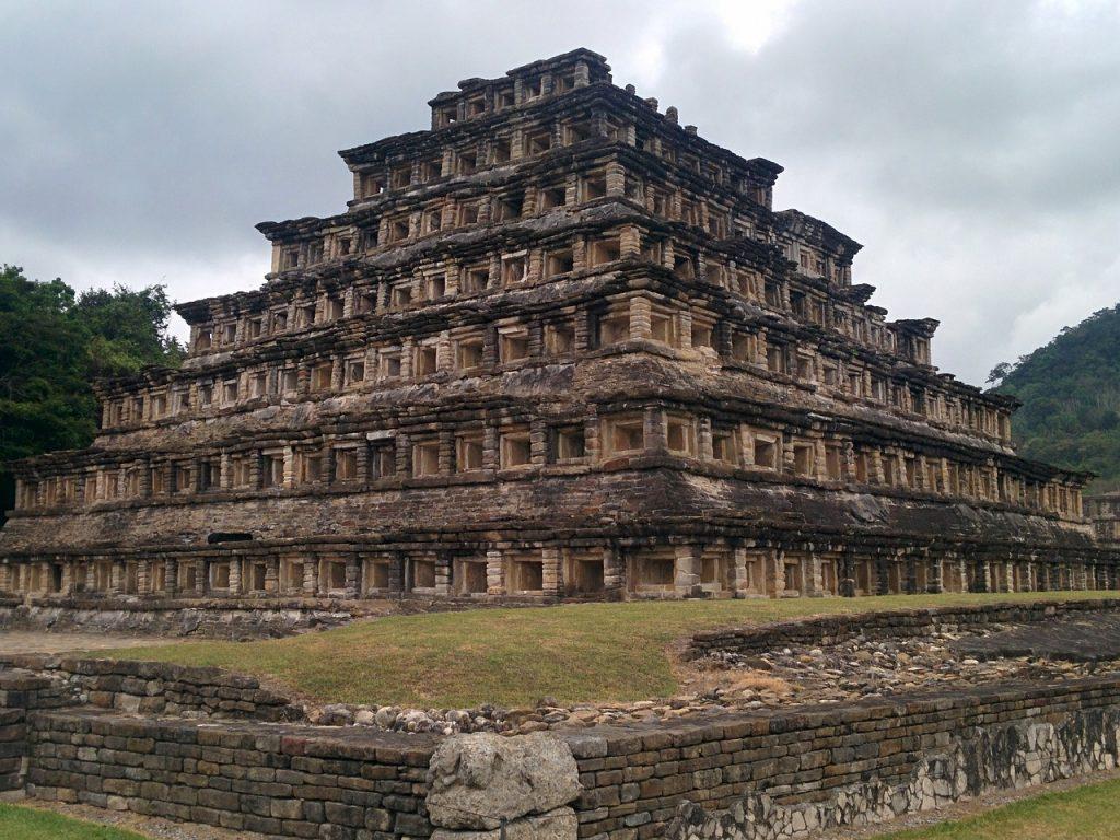 Zona Arqueológica de El Tajin Patrimonio cultural de la humanidad en México