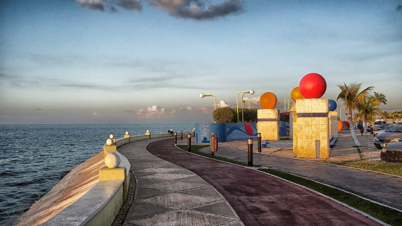 Malecón de San Francisco de Campeche Estado de Campeche península de Yucatán