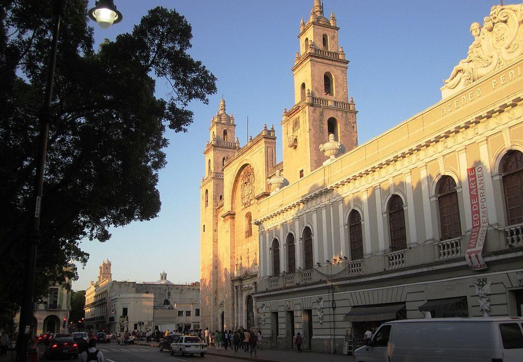 Zócalo de Mérida, Yucatán, la ciudad blanca